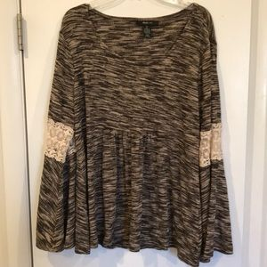 Style & Co baby doll top bell sleeves